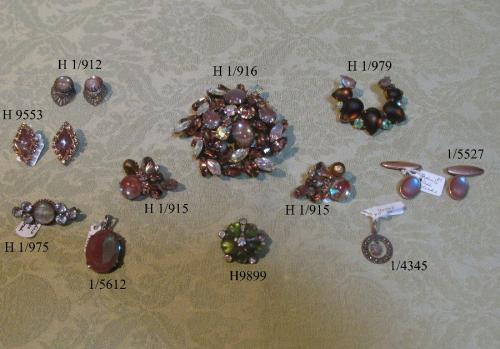 A good selection of antique Saphiret jewellery