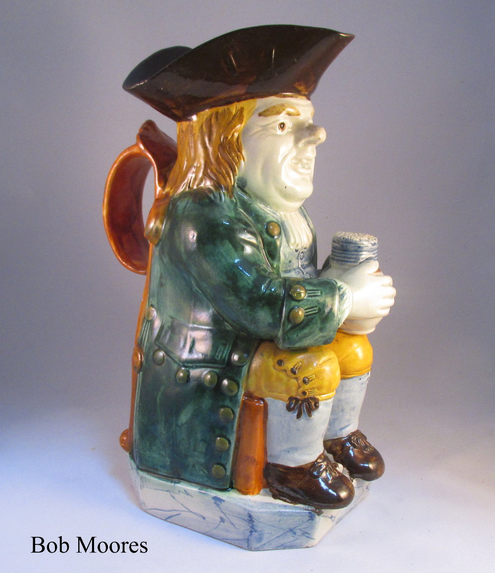 Very Good pearlware Toby jug with central pipe Staffordshire c.1780 - possibly Neale & co