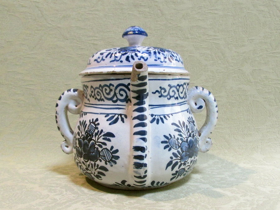 Delftware Posset pot and cover c.1840