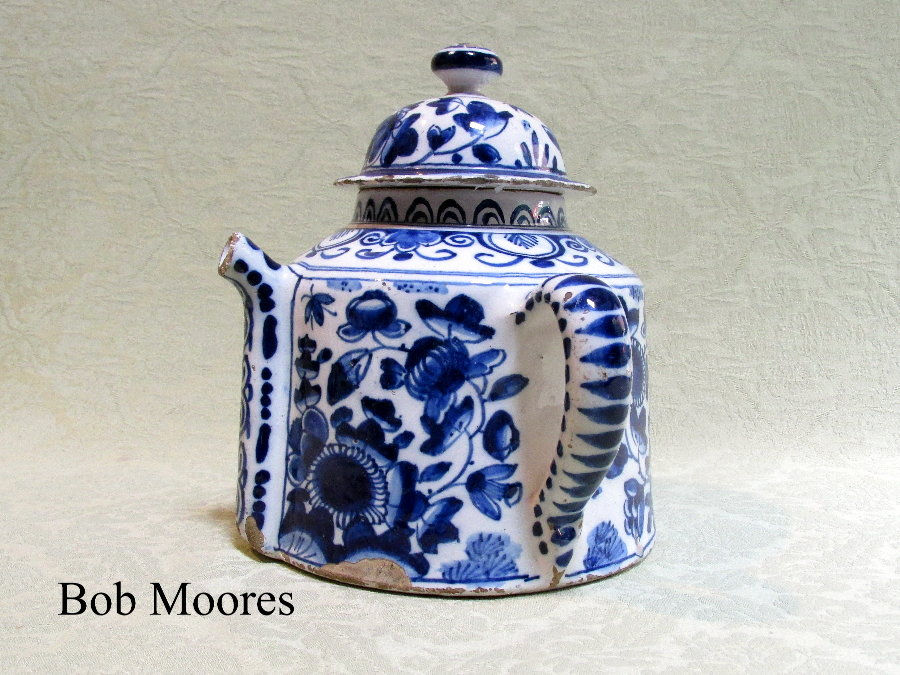 Good delft Posset pot and lid c.1750