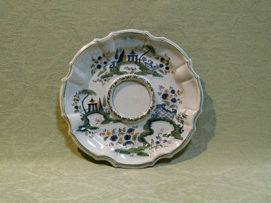 Fine shaped faience stand by Pasquale Antonibon c.1760
