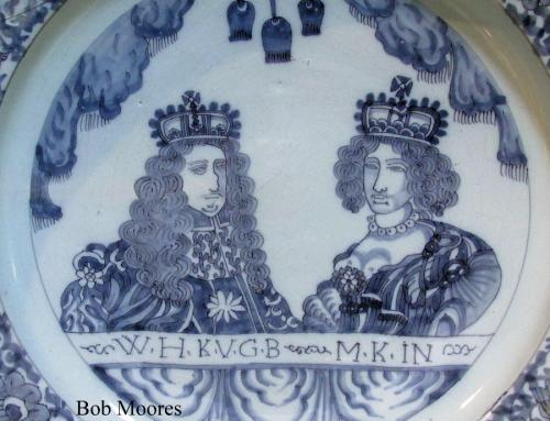 Fine William and Mary delft charger c.1690  40cm wide
