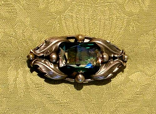 Attractive early 20th century brooch