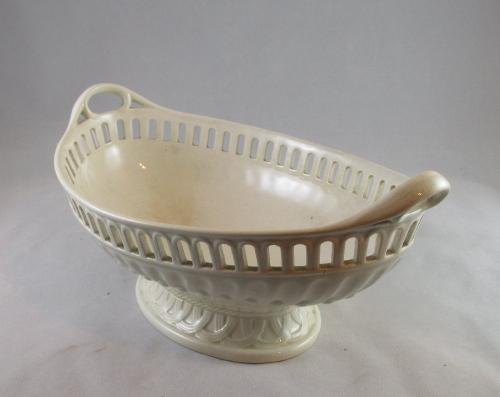 Early 19th century creamware chestnut basket